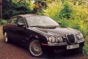 Den moderne Jaguar X-type.