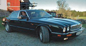 X305 er den siste Jaguaren utstyrt med den slitesterke 12'eren før denne motoren gikk ut av produksjon.