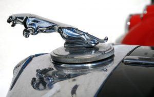 """Jaguars kjente """"leaper"""" som pryder de klassiske modellene."""