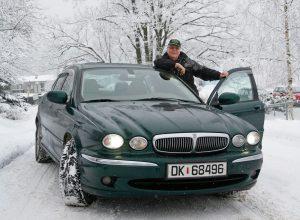 Jaguar X-type har grepet på norske vinterveier.
