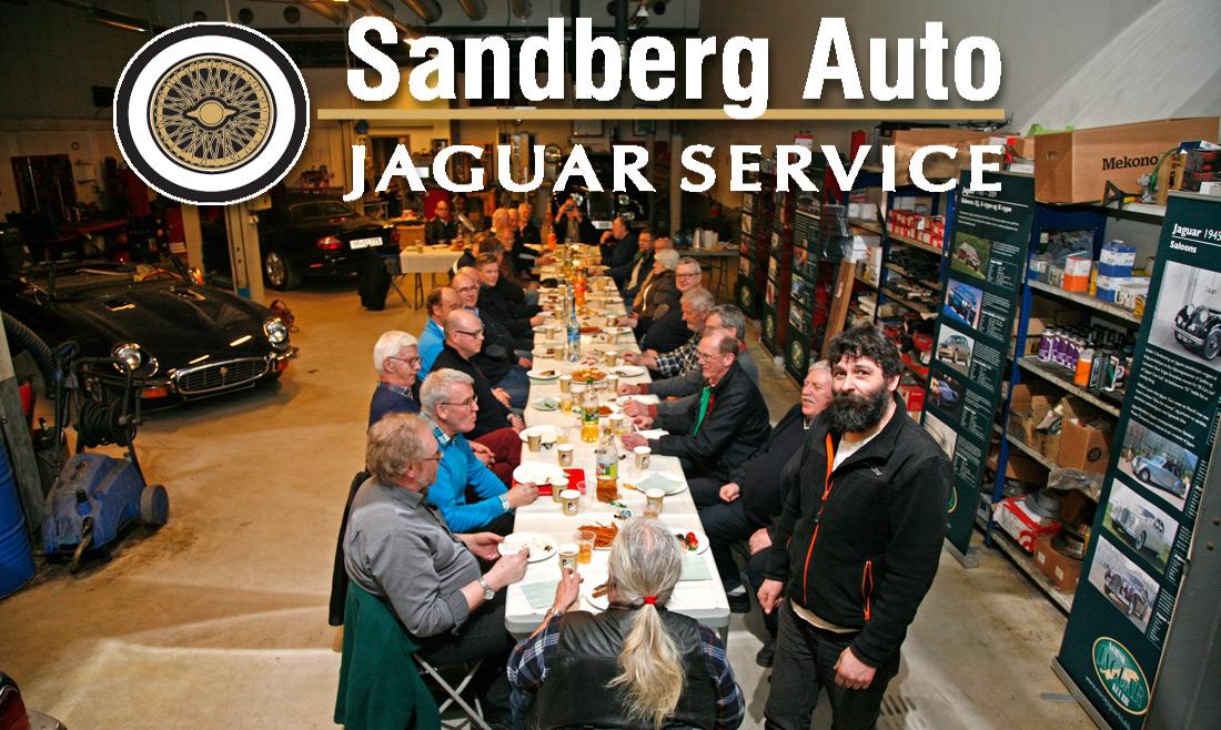 Godt oppmøte og enda bedre stemning hos Jørgen på Sandbverg Auto.