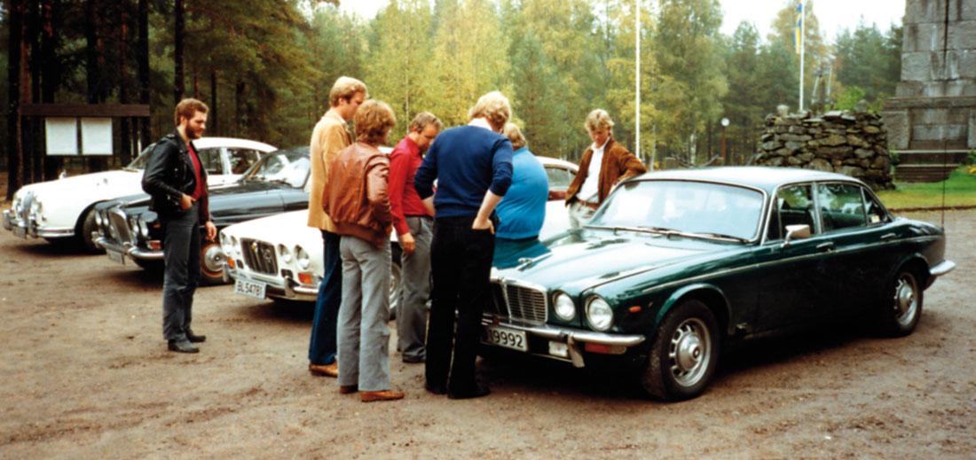Utflukt til Morokulien ca. 1982. Den eneste vi kan gjenkjenne her, er veteranen Bjørn Teigen med ryggen til.