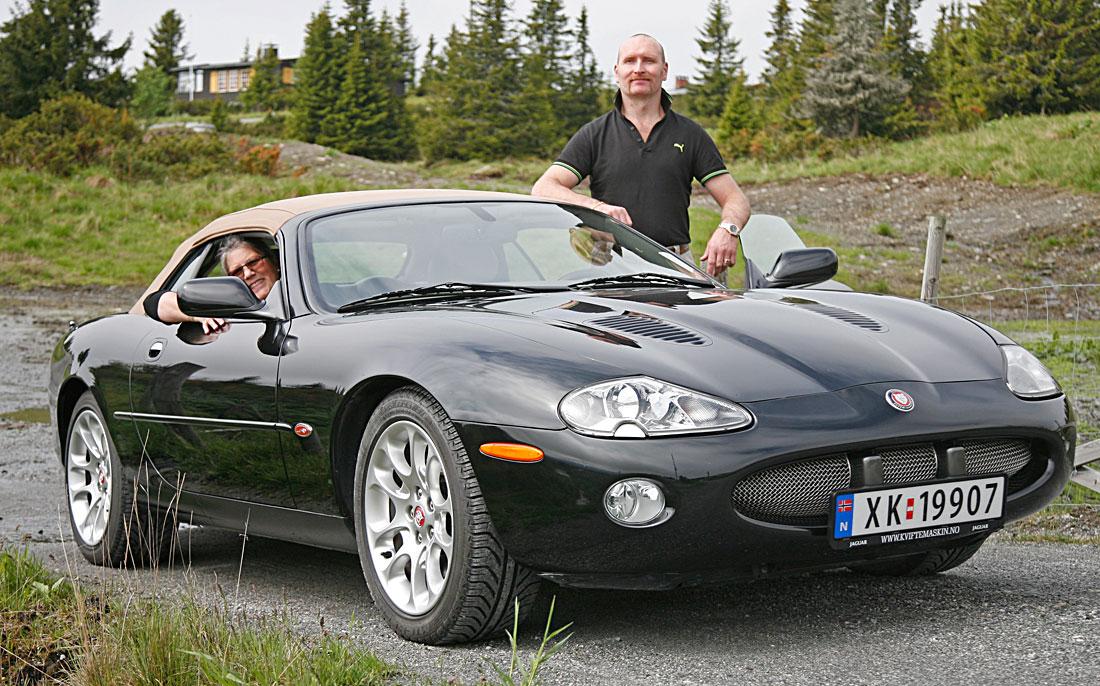 Jaguar XK8 i R-vrsjon fotografert under sommermøtet på Storefjell i 2011.